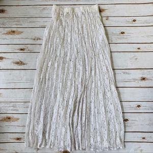 Vintage white lace maxi  skirt